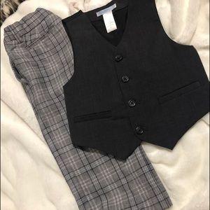 Janie and jack set dark grey vest,